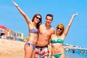 Friends-beach-lloret-spanien