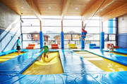 Jugendhotel trampolin indoor